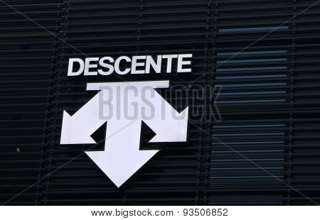 Descente sports fashion company