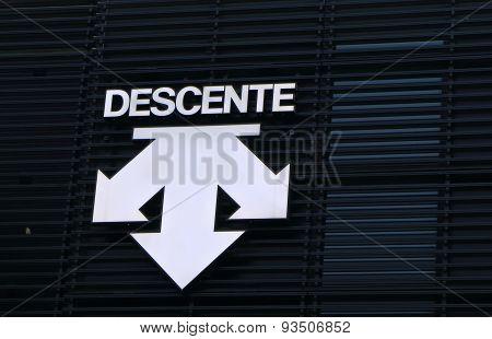 Descente sports fashion company