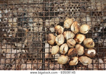 Cockles On The Grill At The Market.