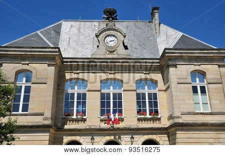 Picardie, The Picturesque City Hall Of Pierrefonds In Oise