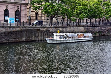 Tourist Boats On Spree River In Berlin