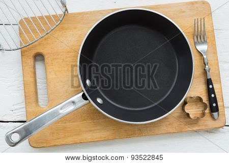 Kitchenware For Baking Or Cooking