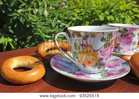 Cup And Bagels