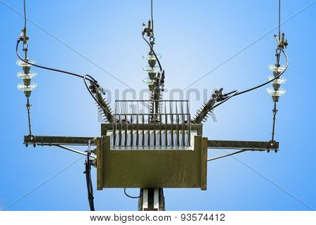 three phase current pylon