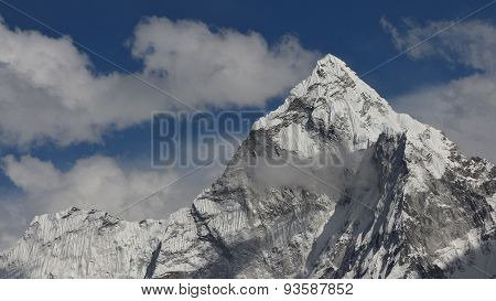 Peak Of Ama Dablam And Cloud