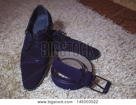 Shiny Black Men's Shoes With Belt