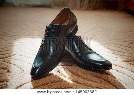 Shiny Black Men's Shoes For The Bride