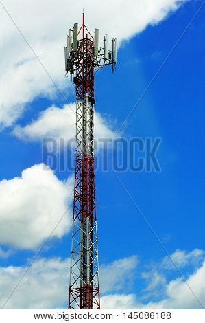 Pole Telephone Transmitter, The Background Sky And Clouds Are Very Beautiful.