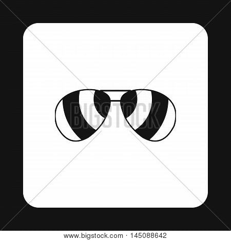 Sunglasses icon in simple style isolated on white background. Sun protection symbol