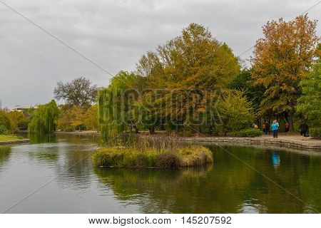 Centennial Park Nashville TN US October 31 2015. People enjoying an Autumn Saturday in the park with the leaves turning color. Editorial Use Only.
