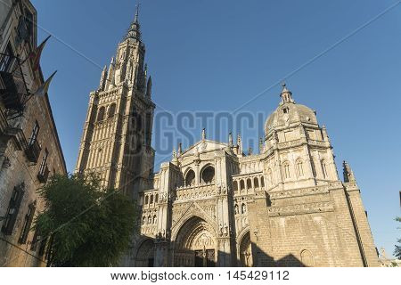 Toledo (Castilla-La Mancha Spain): facade of the medieval cathedral in gothic style