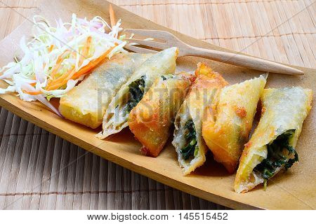 cloes up cheese rolls, Spinach Cheese Roll Pie