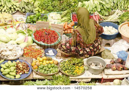 People Selling At Siti Khatijah Market