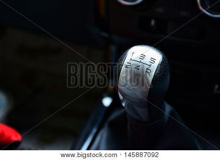 Gear stick for manual transmission in car