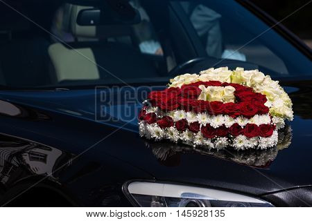 Red and White Roses Heart Wedding Car Hood Headlight