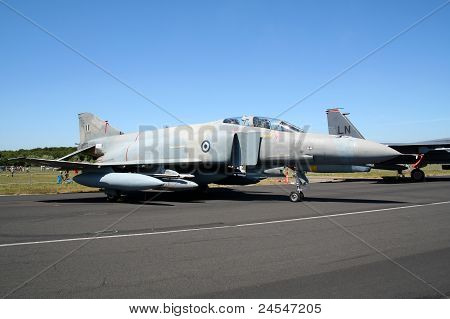 Greek F-4