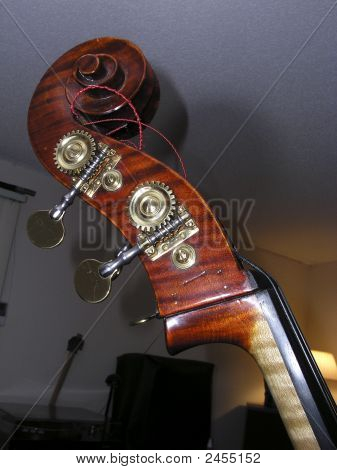 Double-Bass Scroll 2
