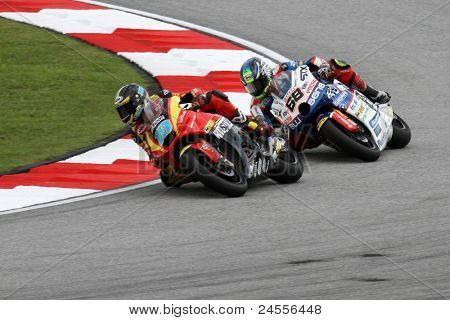 SEPANG, MALAYSIA - OCTOBER 22: Moto2 rider Yonny Hernandez (68) competes at the qualifying race of the Shell Advance Malaysian Motorcycle GP 2011 on October 22, 2011 at Sepang, Malaysia.