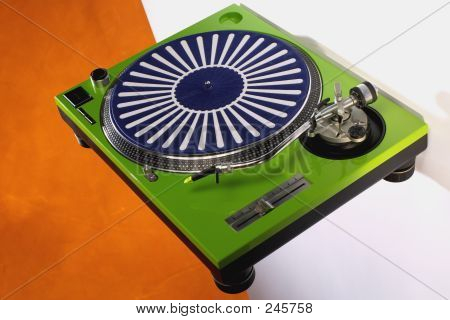 Green Turntable