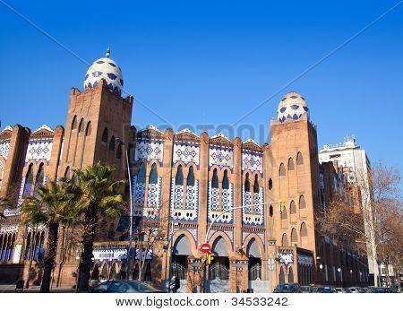 Barcelona bullring La Monumental byzantine and mudejar moorish style Gran via