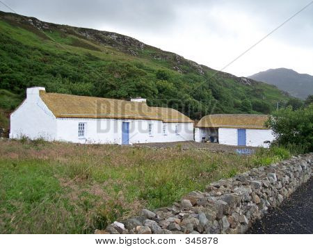 Thatched Cottage Co Donegal