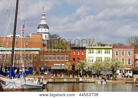 Annapolis Downtown Harbor