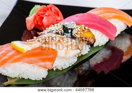Five sushi on the bamboo leaf