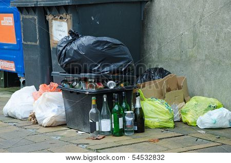 Garbage and recycling in the street