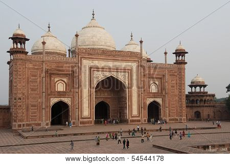 Mosque Of The Taj Mahal