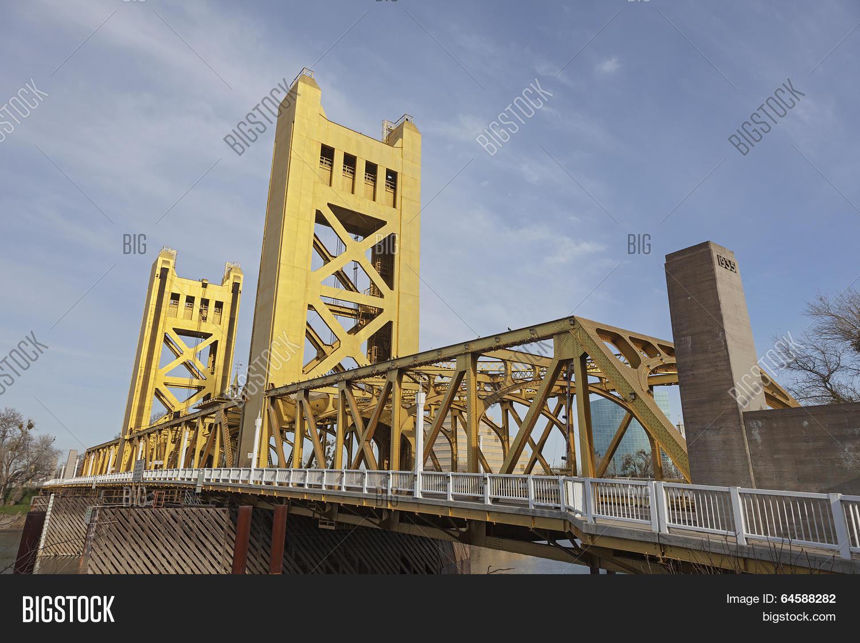 tower bridge sacramento image photo bigstock. Black Bedroom Furniture Sets. Home Design Ideas