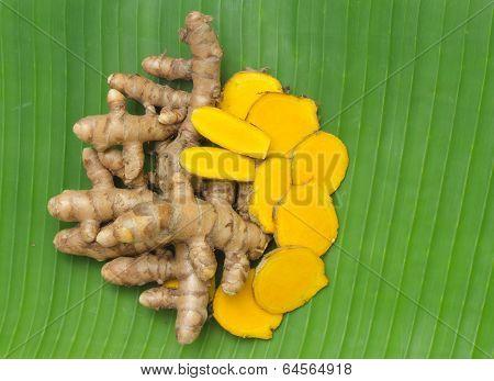 Turmeric on banana leaf