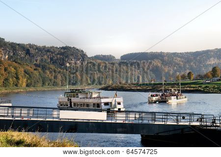 Passenger traffic on the Elbe river