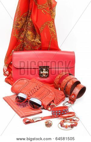 red fashion accessories