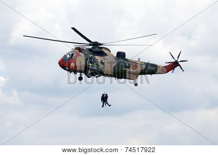 Showing a helicopter.