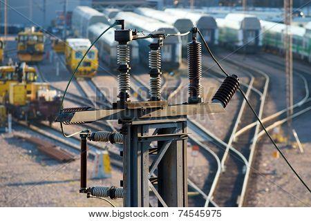Electricity insulator
