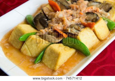 Braised Beancurd With Crabmeat