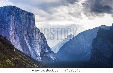 El Capitan, Yosemite national park, California, usa