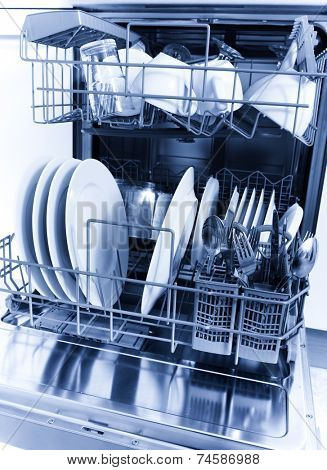 Cleaned dishes in dishwasher