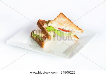 Dietary Toast With Vegetables, Tomatoes And Lettuce