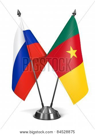 Russia and Cameroon - Miniature Flags.
