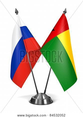 Russia and Guinea-Bissau on Miniature Flags.