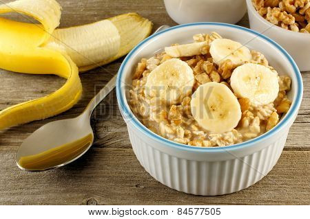 Banana walnut overnight oatmeal
