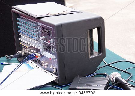 Portable Audio Mixer