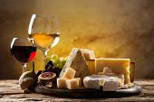 picture of brie cheese  - Various types of cheese - JPG