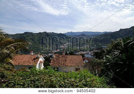 View into the valley of Teror