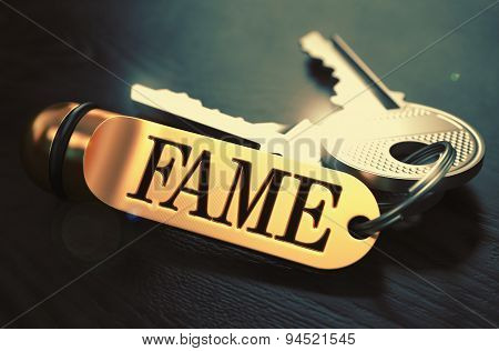Fame written on Golden Keyring.