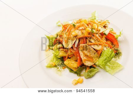 vegetable salad with chips