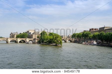 Cite Island And Pont Neuf Bridge In Paris