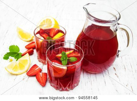 Summer Strawberry Drink