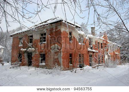 Abandoned houses, ruins